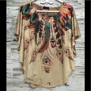 Rounded hem butterfly cut feather themed top